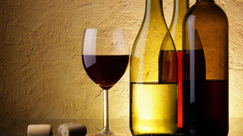 Vino e tecnologia scegliere e comprare le bottiglie online